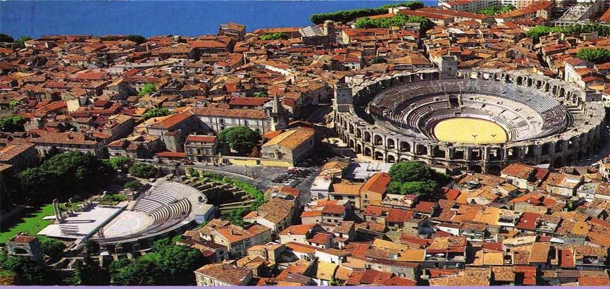 Arles van bovenaf