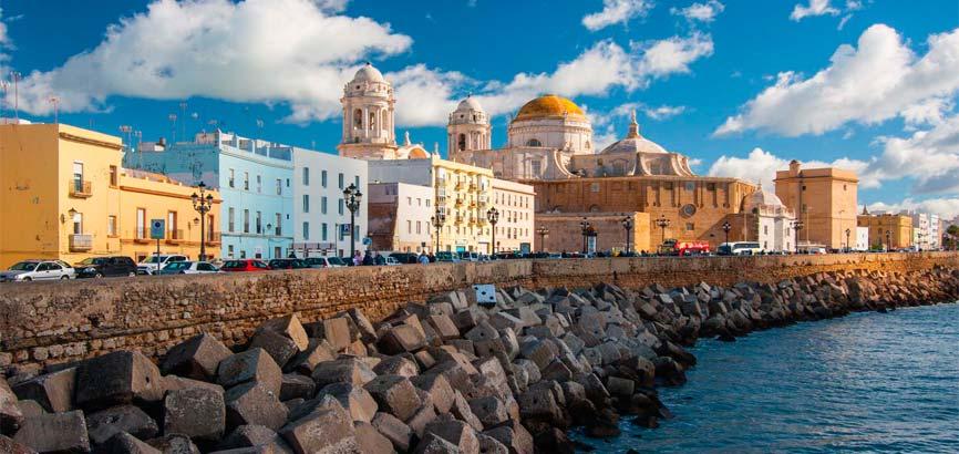 Cádiz aanzicht vanaf de zee