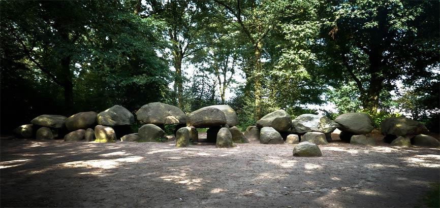 Grootste hunebed in Drenthe - Borger