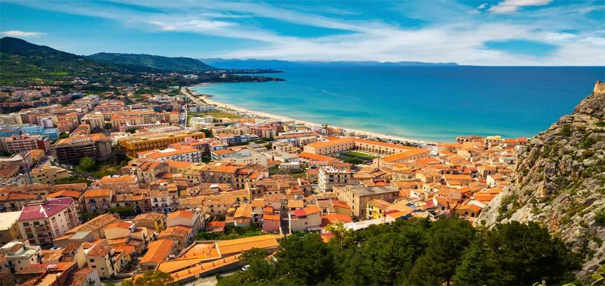 Uitzicht Sicilië strand en zee