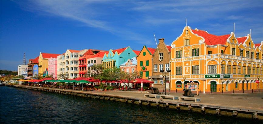 Handelskade Punda in Willemstad