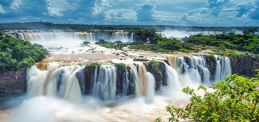 watervallen van Iguazu van bovenaf